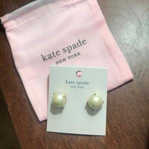 Kate spade pearl like cream gumdrop earrings new!